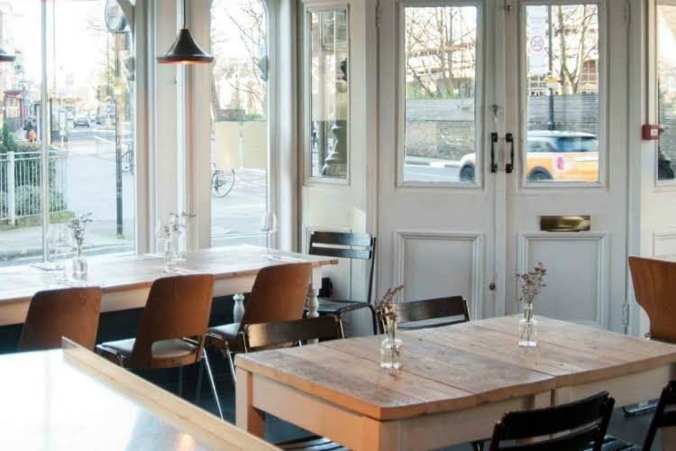 Salut - best restaurants in North London