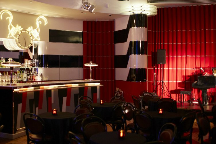 Crazy Coqs jazz bar London date ideas