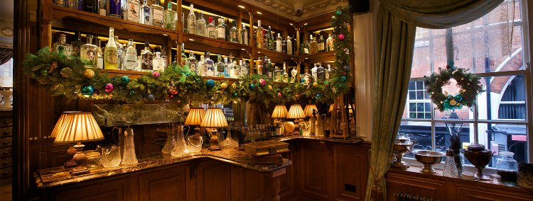 Mr Fogg's - 100 London date ideas