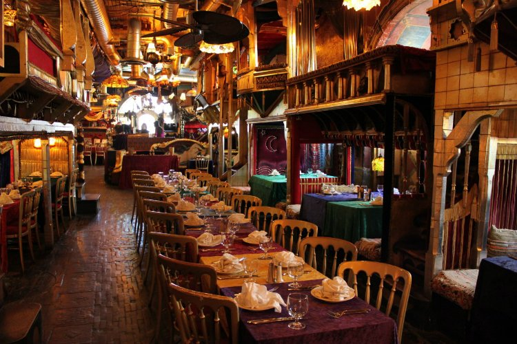 Sarastro fun restaurants in London