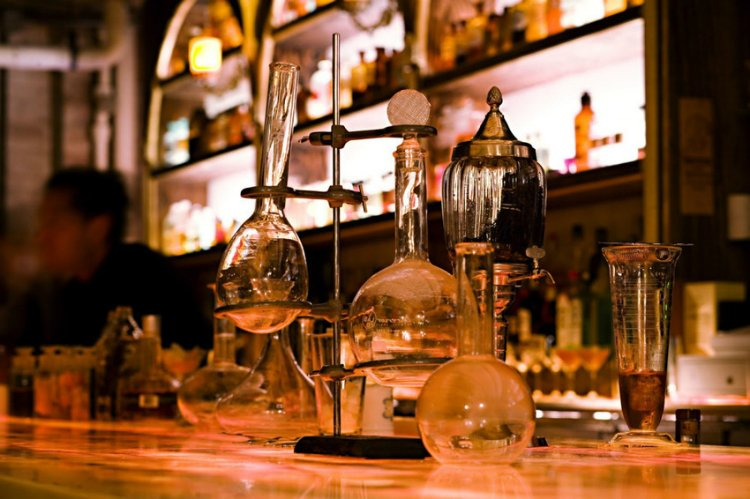 Apotheke best bars in New York