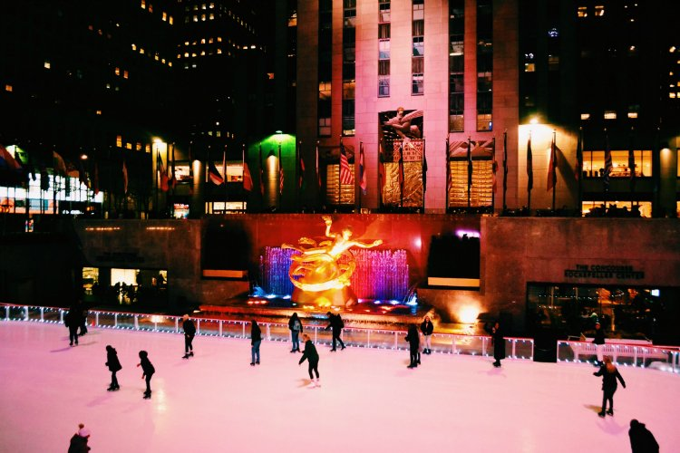 Rockefeller Ice Skating Things To Do In New York