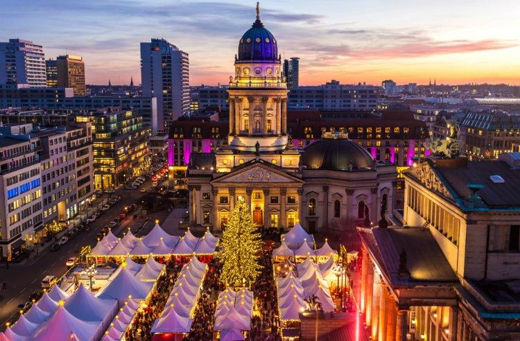 Gendarmenplatz Christmas Market things to do in Berlin