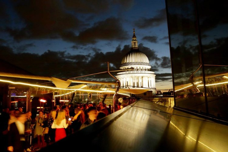 Madison rooftop bar London