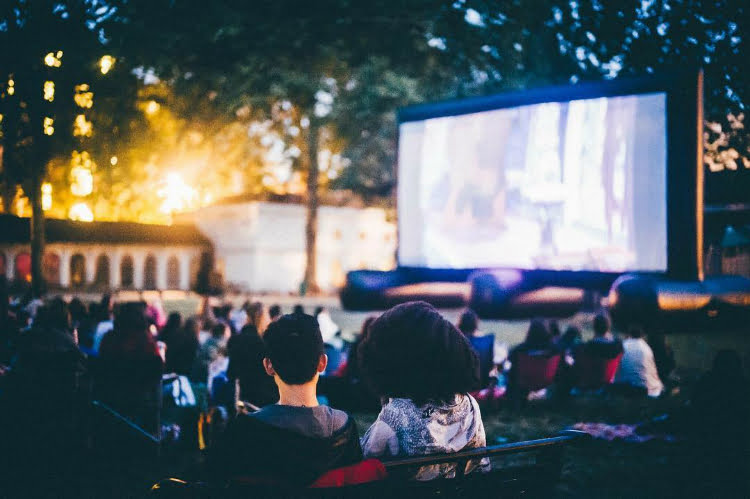 Pop Up Screens outdoor cinemas london