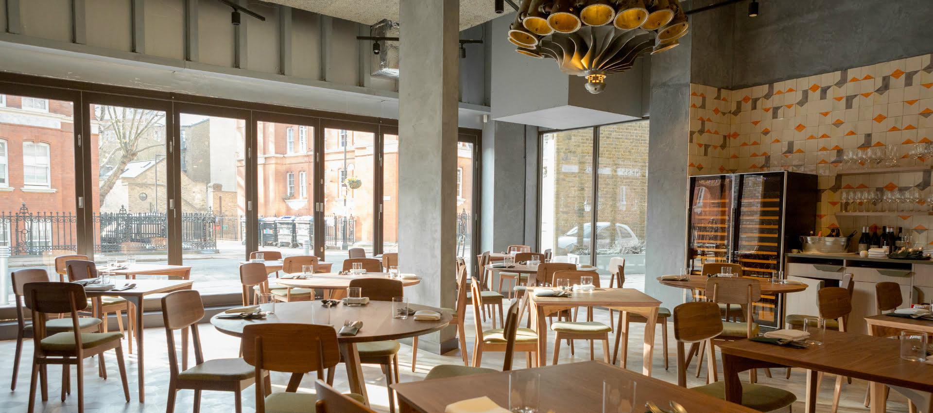 londrino former portuguese restaurant in southwark closed. Black Bedroom Furniture Sets. Home Design Ideas