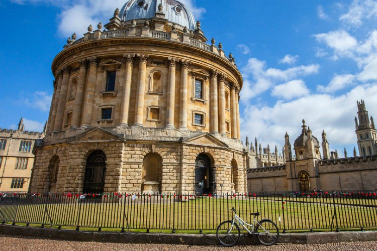 Oxford day trips from london