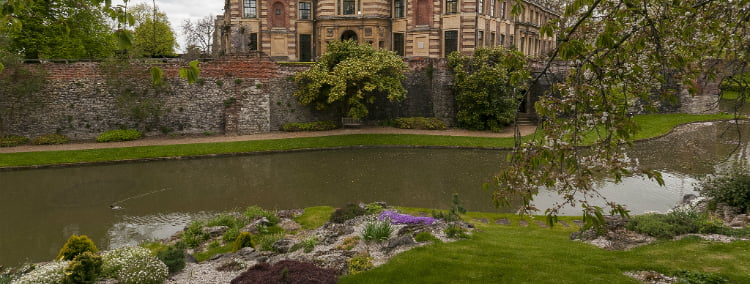 Eltham Palace - 100 London Date Ideas