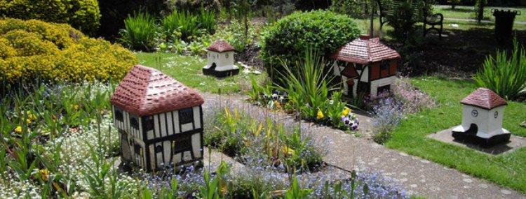 London\'s Best Secret Gardens | From Rooftops to Hidden Parks