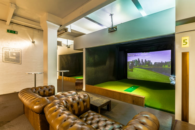 Urban Golf Soho - London activity bars