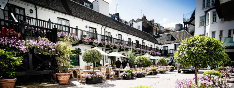 Stafford - date ideas in St James's