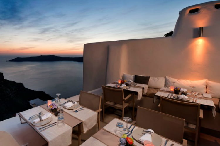 Kapari Wine - best restaurants in Santorini