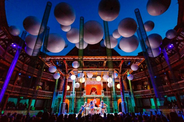 Shakespeares Globe - 100 London Date Ideas