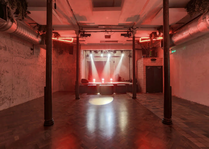Clubs In London: 93 Feet East