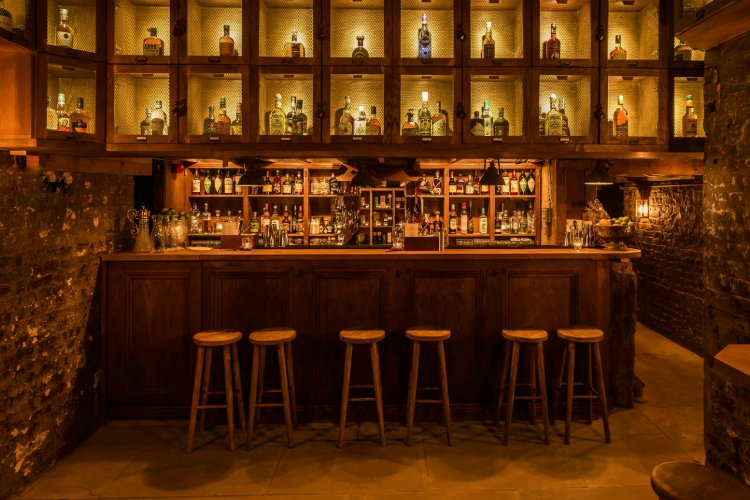 TT Liquor - best bars in Shoreditch