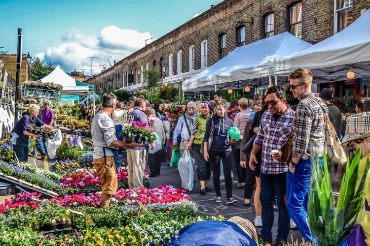 Columbia Road Flower Market - free things to do in Shoreditch
