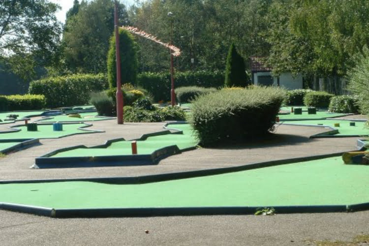 Broomfield Crazy Golf London