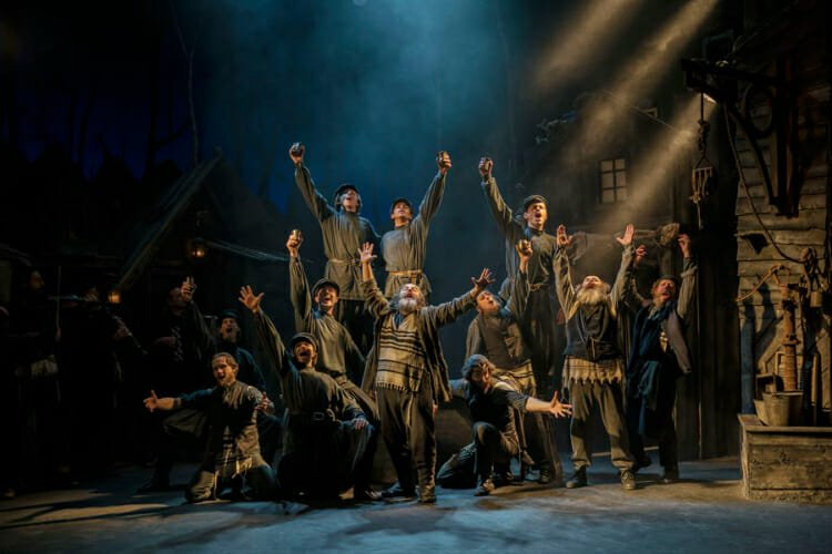 Fiddler on the roof London theatre