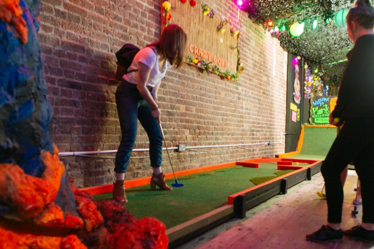 Plonk Camden - crazy golf London