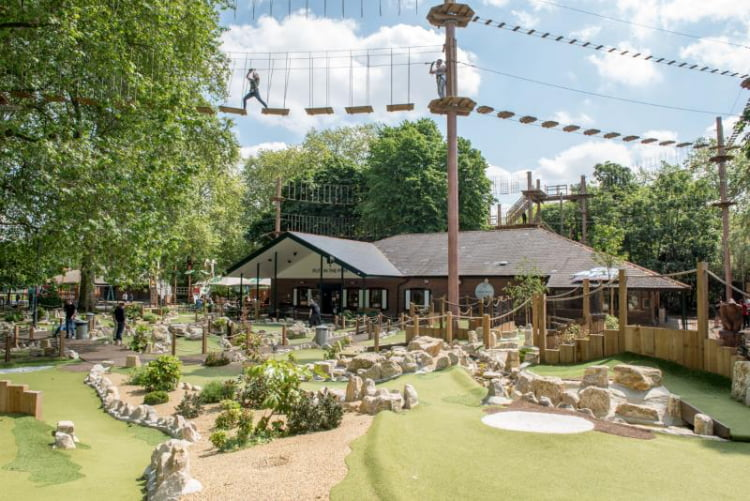 Putt In The Park Battersea - crazy golf London