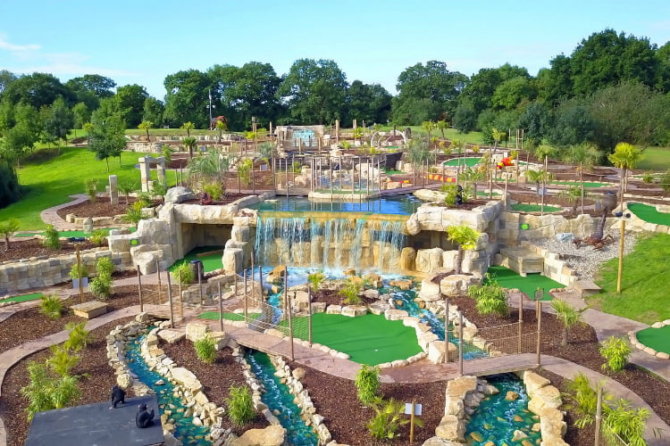 Lost Jungle - crazy golf London