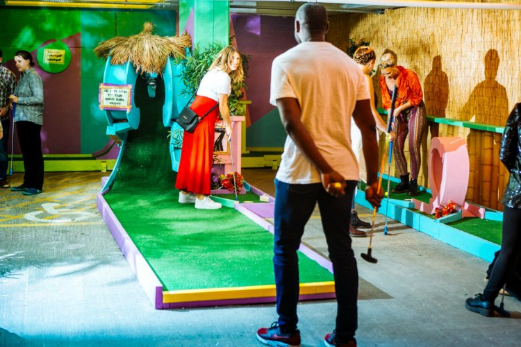 Plonk Peckham Levels - crazy golf in london
