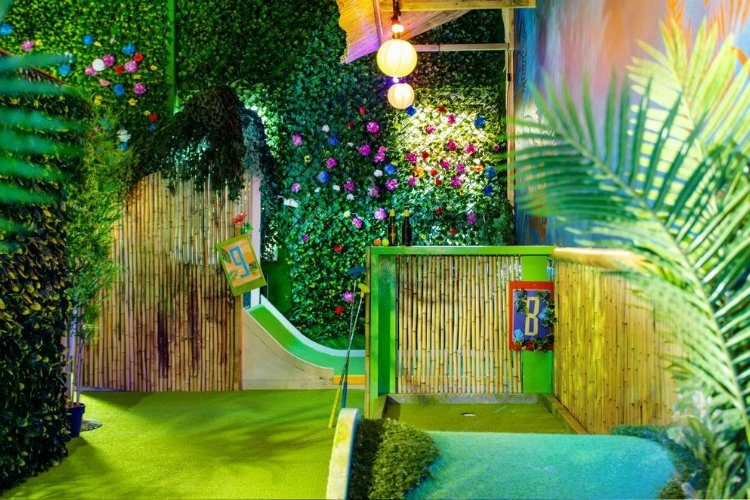 Plonk Shoreditch crazy golf London