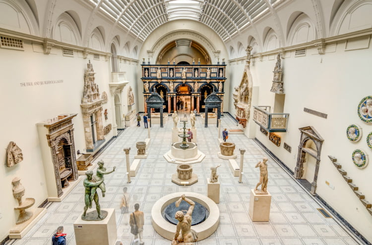 V&A Museum - art galleries in London