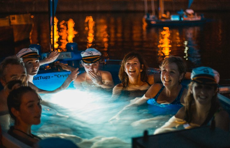 Hot Tub Boats Drive Your Own Hot Tub Boat Around London S Canals