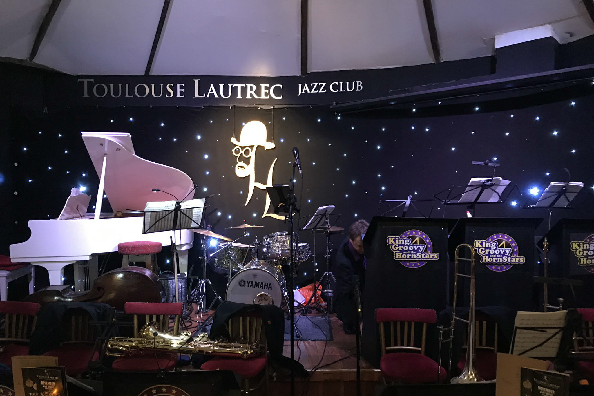 Toulouse Lautrec jazz bar