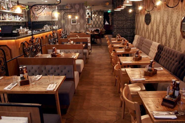 24 Hour Restaurants London Balans