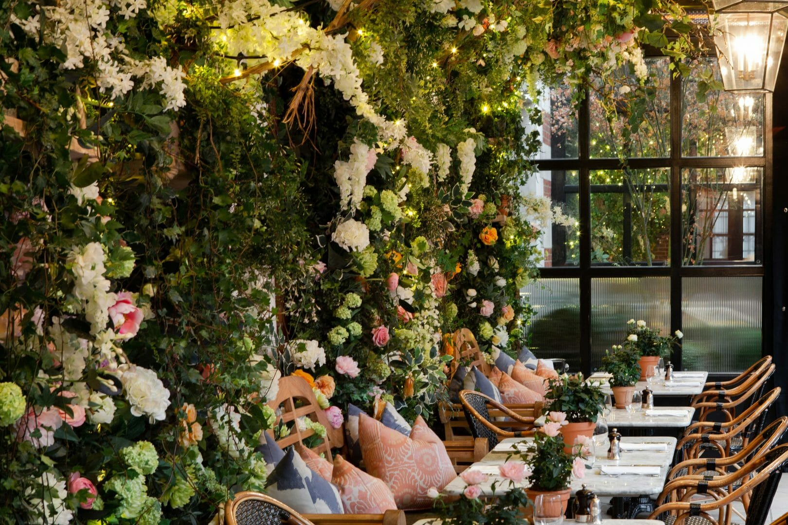 Dalloway terrace outside dining