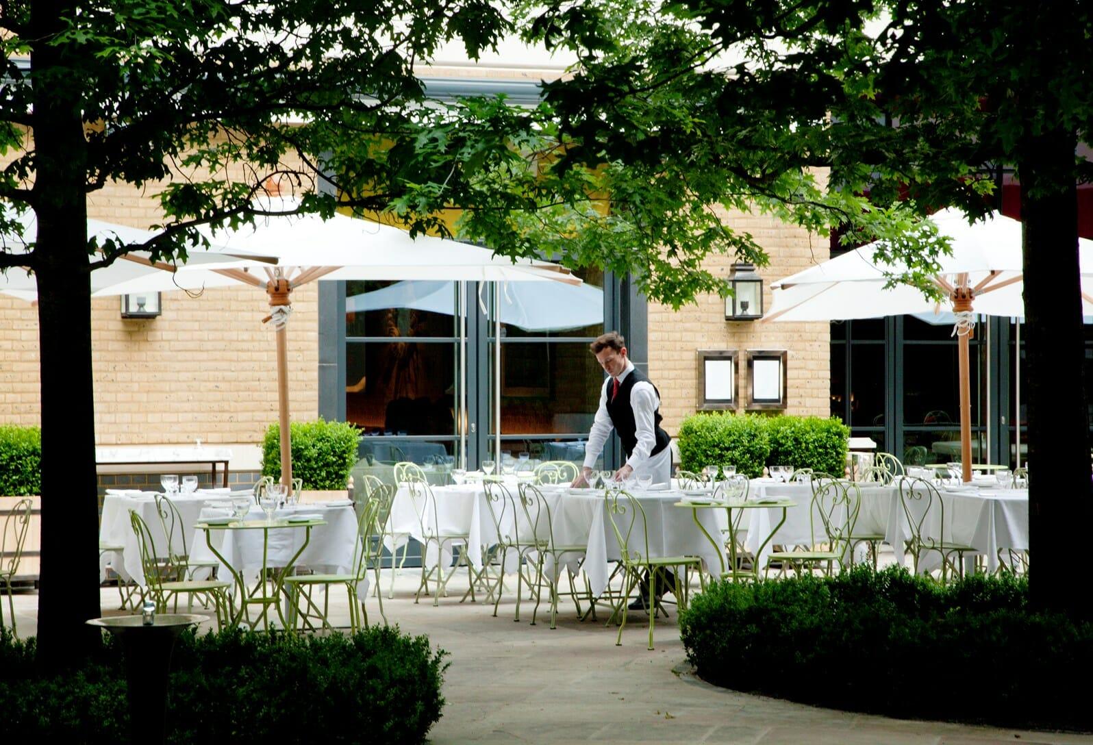 Ham Yard Hotel al fresco restaurant