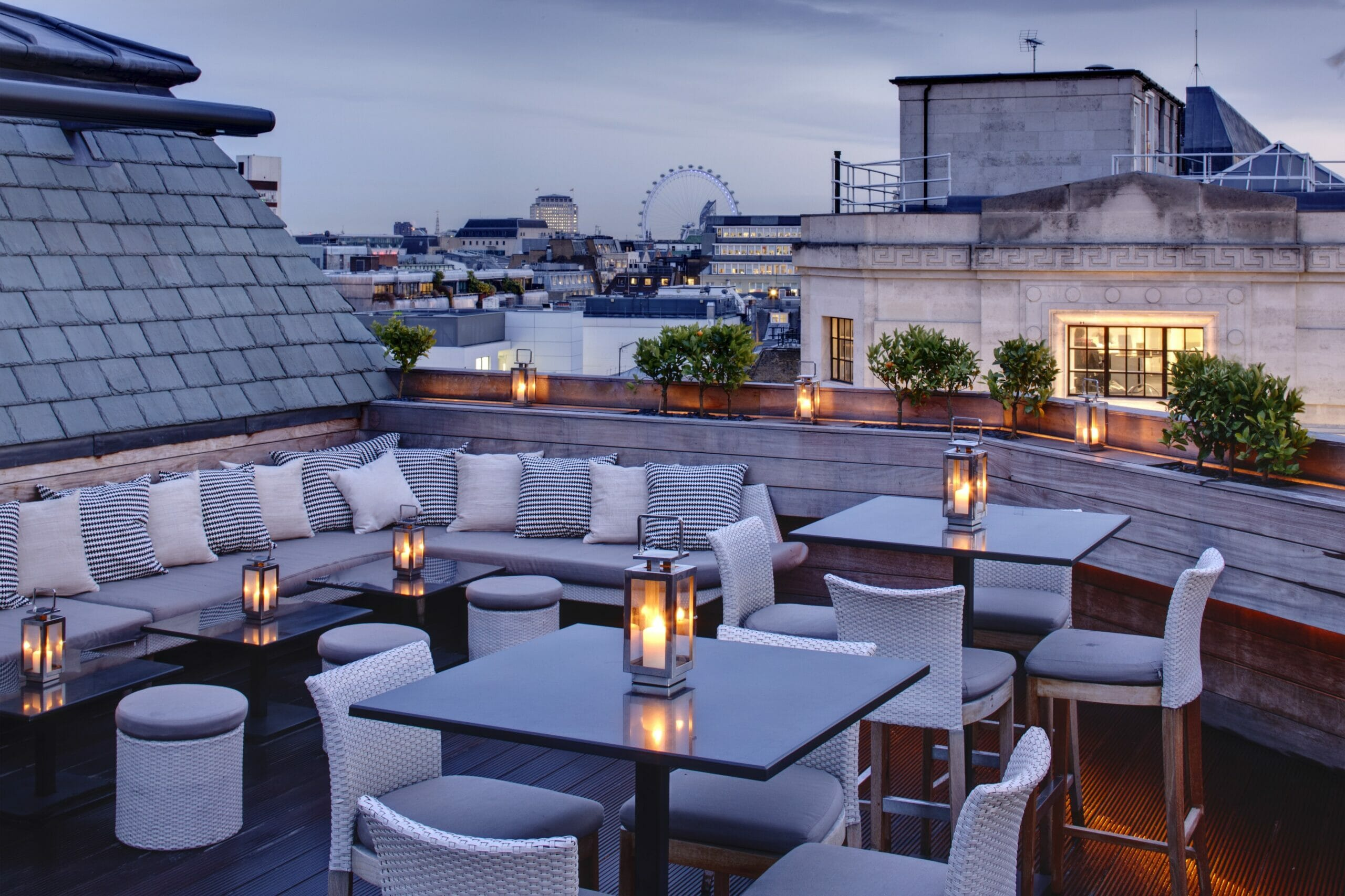 Rooftop Bars In London 2020 Sky High Activity Bars Candlelit Terraces