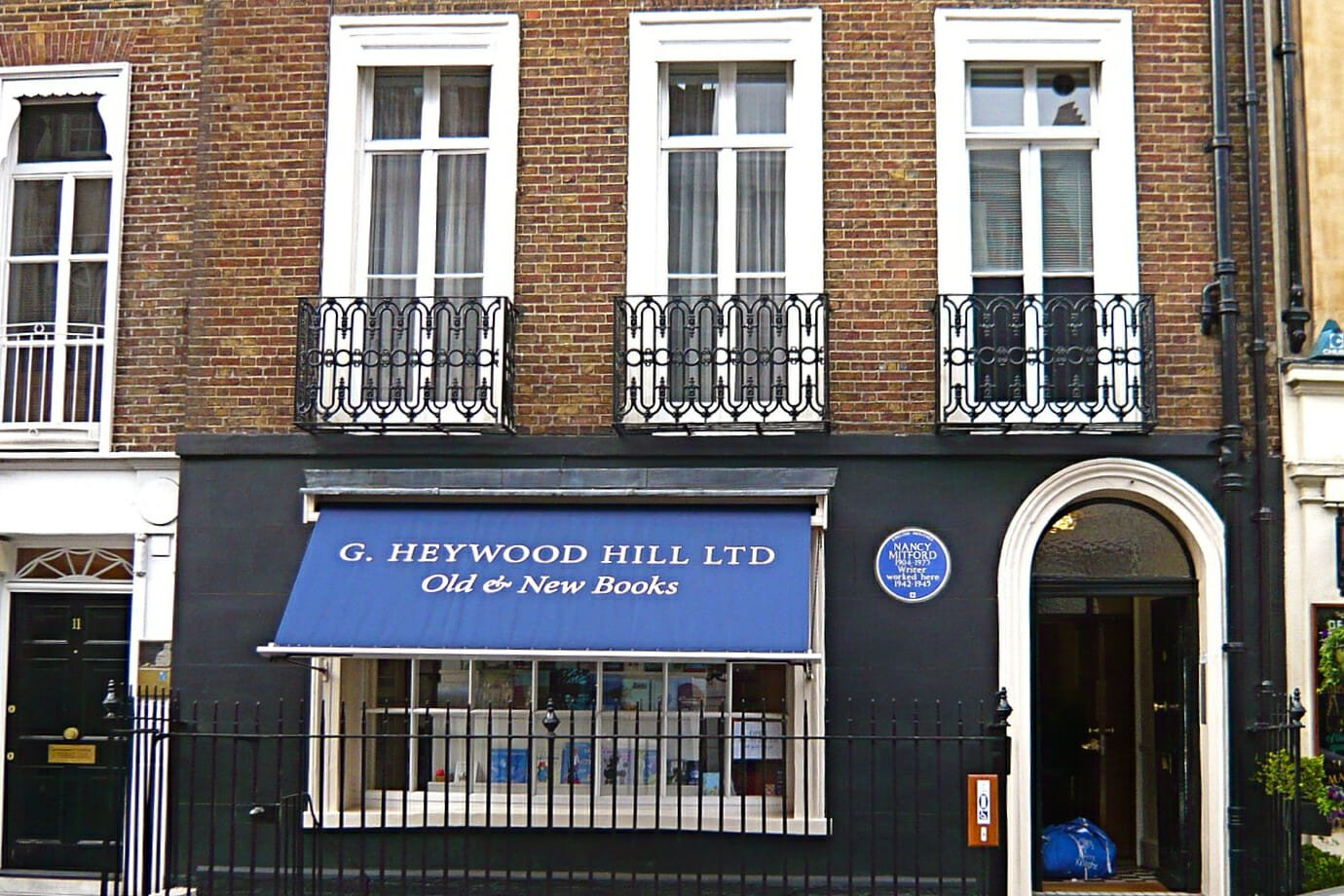 Heywood Hill books delivery