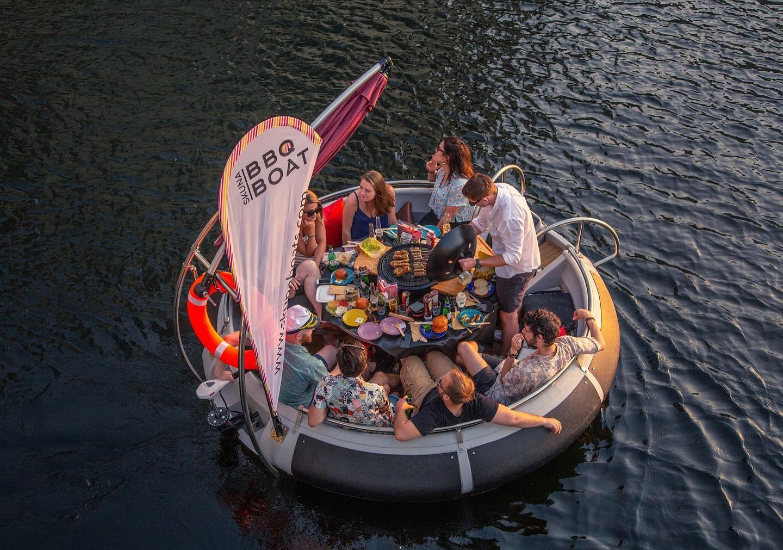 Skuna BBQ Boats