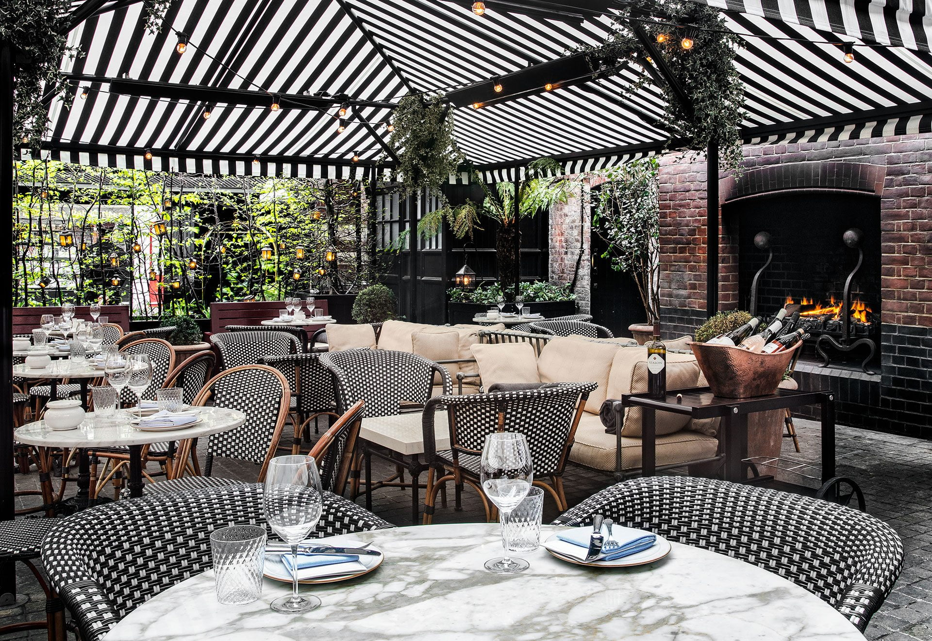 chiltern firehouse outdoor dining